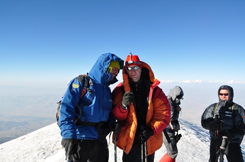 Cristian Falevici pe vârful Ararat, 5.200 m
