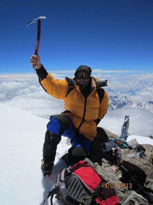 Marius Gane pe vârful Nanga Parbat, 8200 m