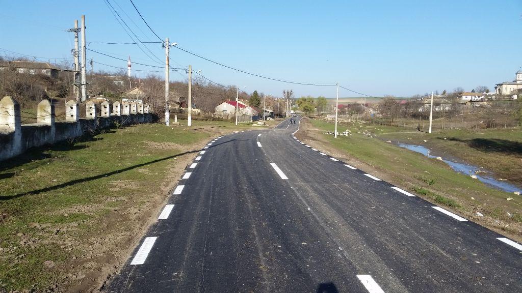 izvoru mare valentin vrabie asfaltare drum (6)