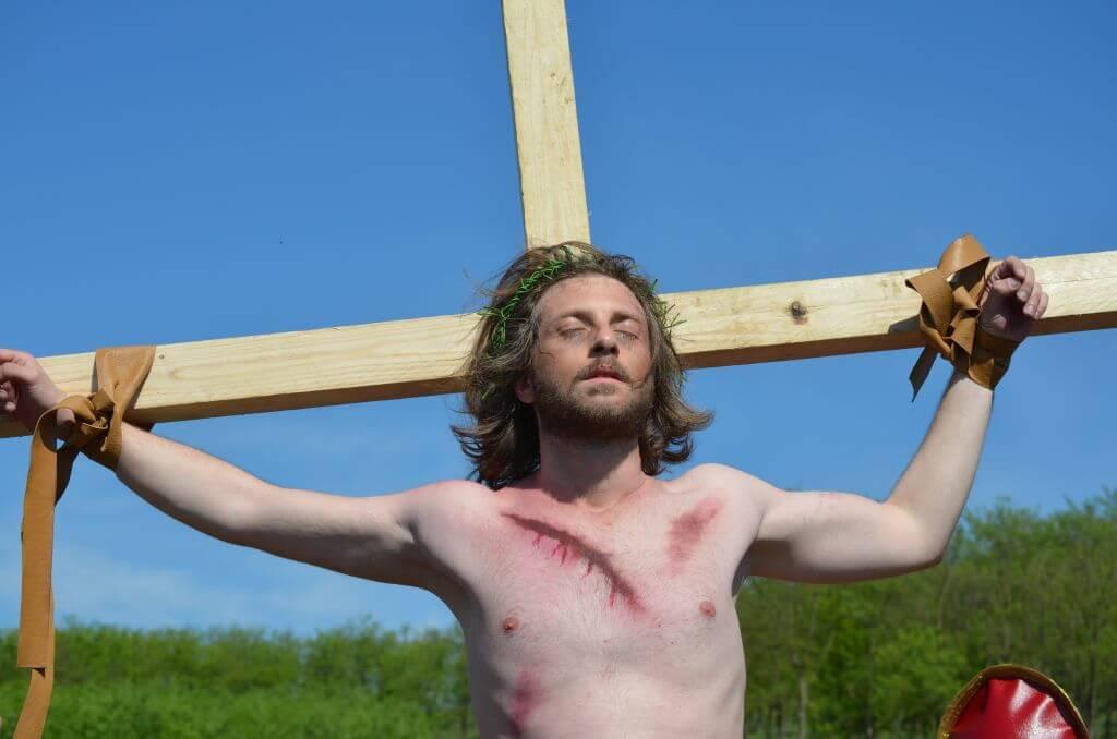 drumul crucii la pestera