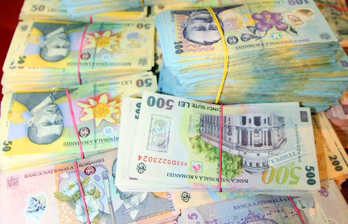 Câți bani o să poți împrumuta de la bancă după ce BNR a fixat cea mai dură regulă
