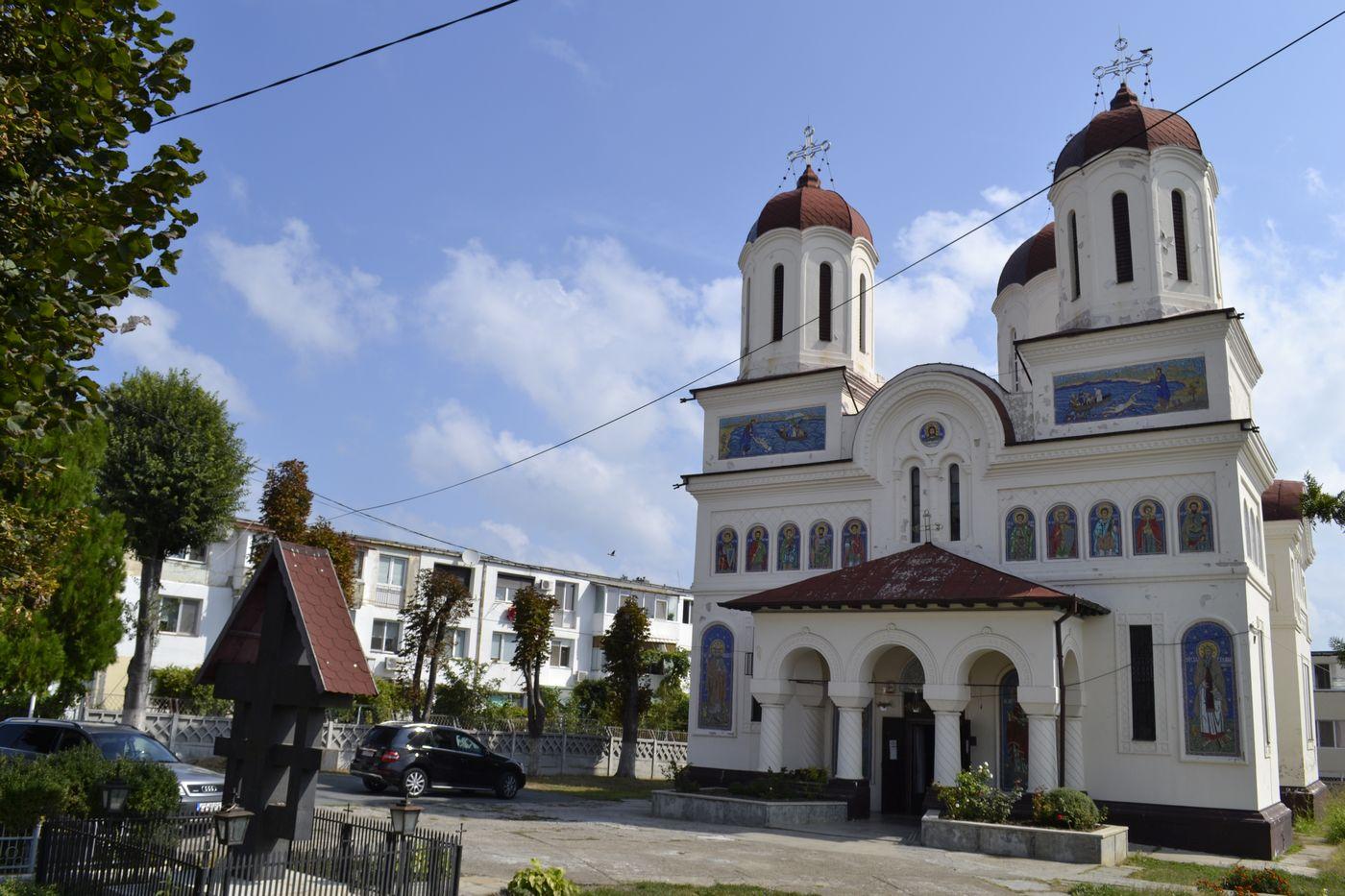 """biserica """"Sfântul Mare Mucenic Gheorghe"""" reabilitată cu fonduri europene."""
