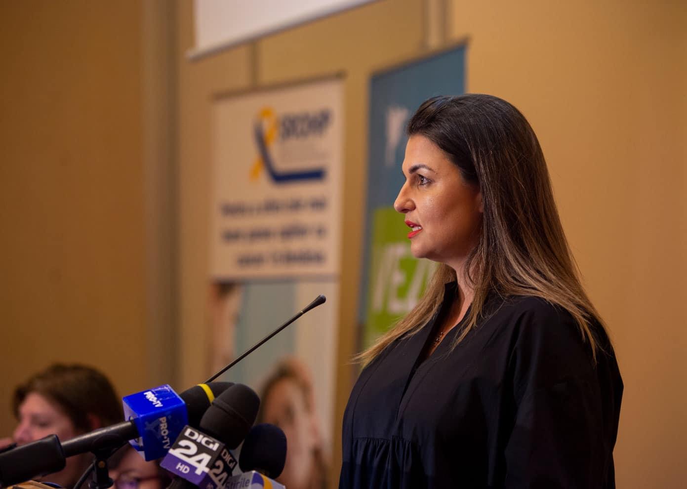Alina Pătrăhău, fondatoarea Asociației Dăruiește Aripi