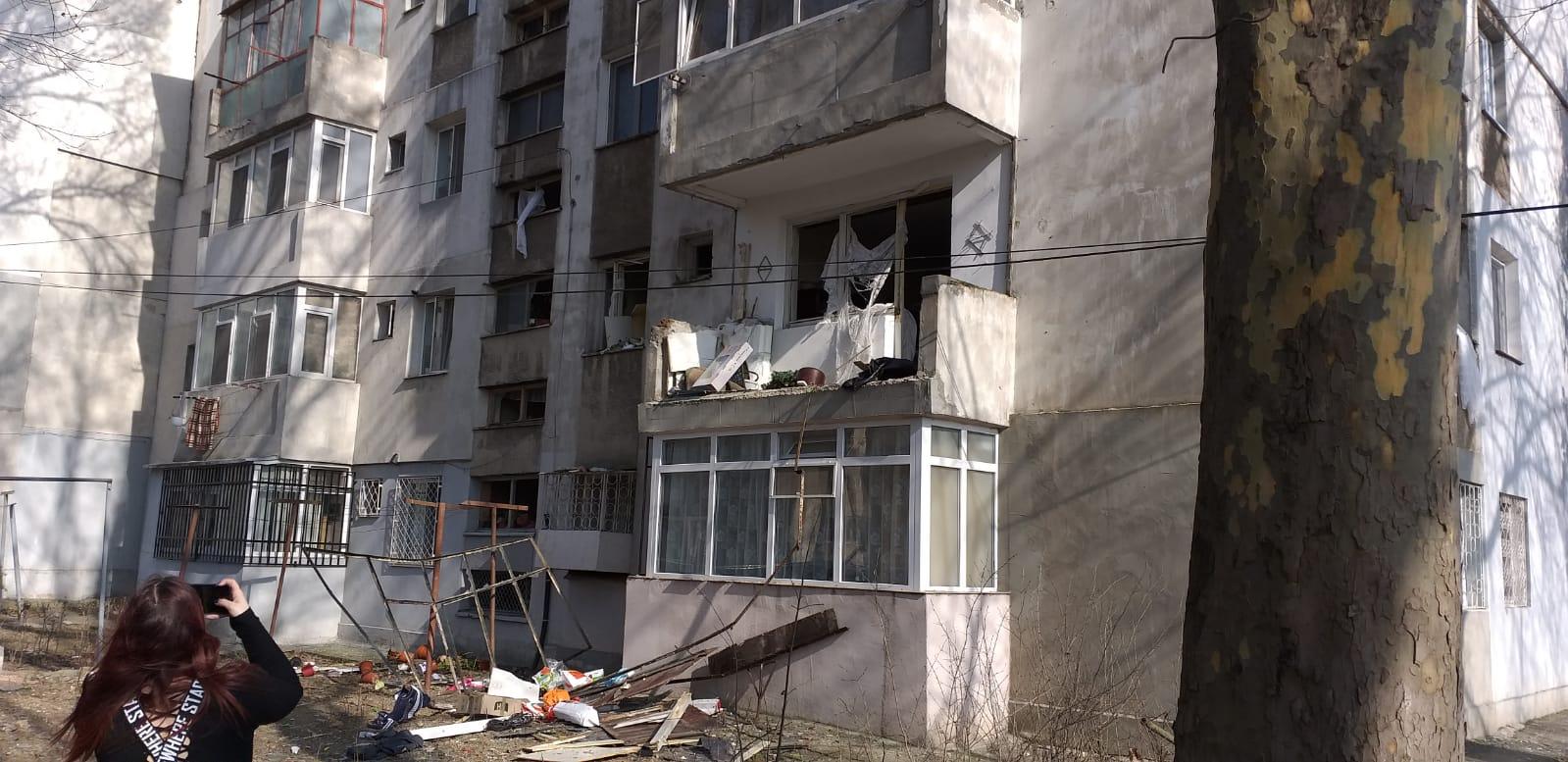 FOTO VIDEO Explozie într-un bloc din Constanța