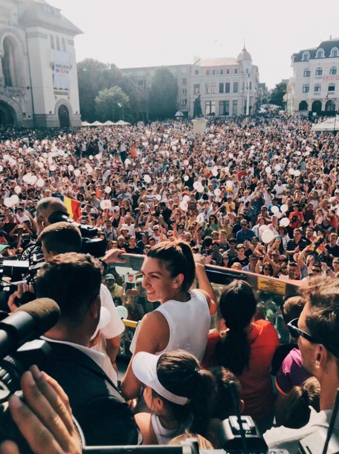 Simona Halep în mijlocul fanilor din Constanța