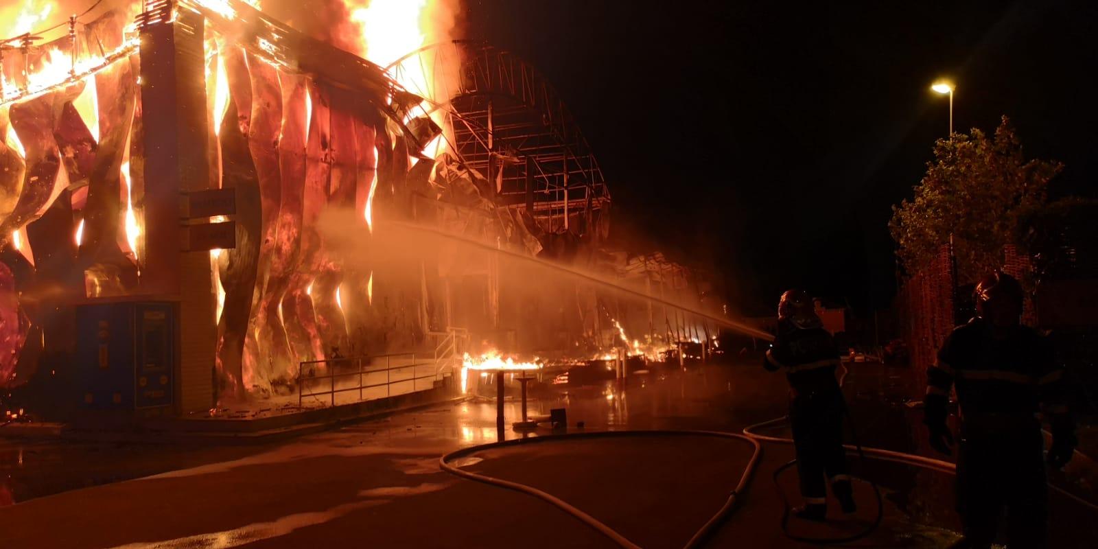 incendiu club mamaia