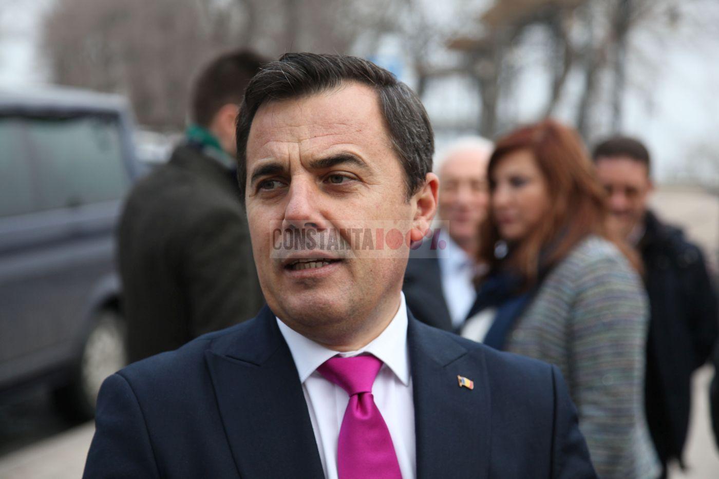 Ministrul Lucrărilor Publice, Dezvoltării şi Administraţiei, Ion Ştefan
