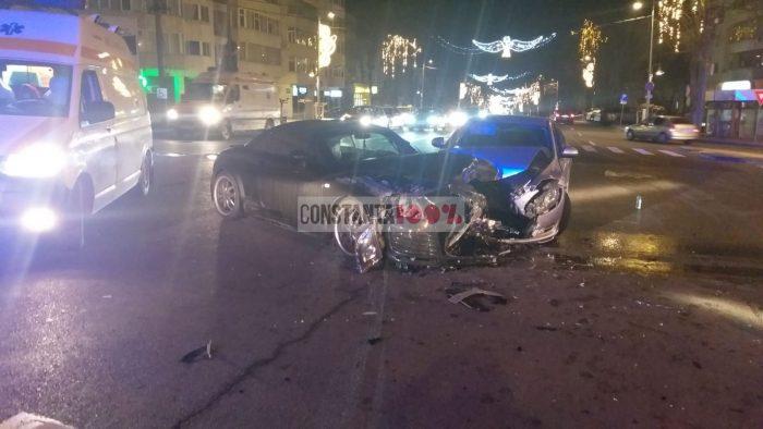 Accident pe bd. Tomis din Constanța între o Mazda și un Audi