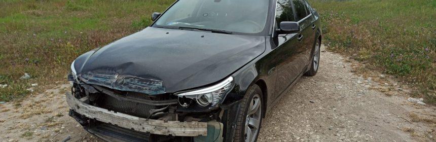 BMW lovit de tren