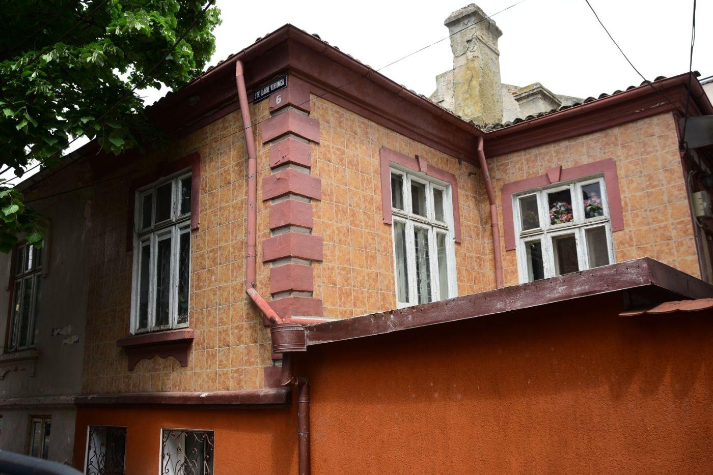Raedpp Constanța reabilitează o casă distrusă de foștii chiriași