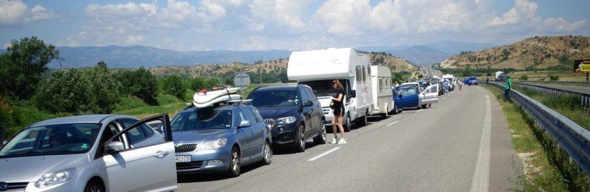 Coadă de 12 kilometri la vama Kulata. Foto: www.bnr.bg