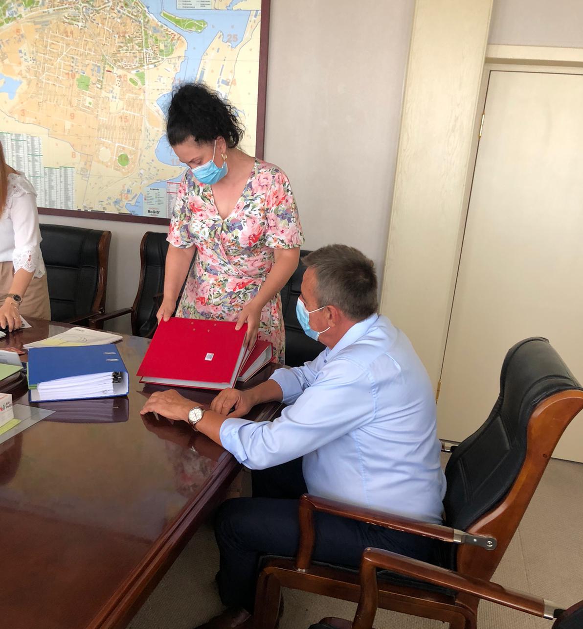 Zanfir Iorguș în momentul depunerii candidaturii