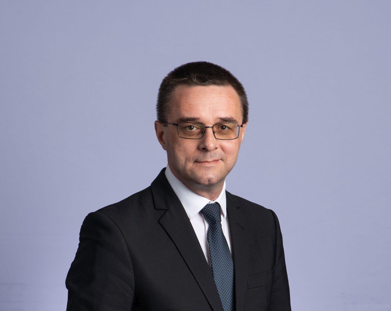 Sănătatea elevilor, prioritate pentru PNL. Ce proiect are Sorin Mihai, inspector școlar general și candidat la alegerile parlamentare