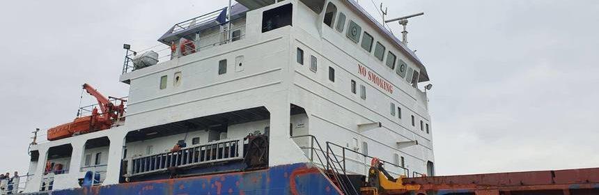 nava abandonata in portul constanta