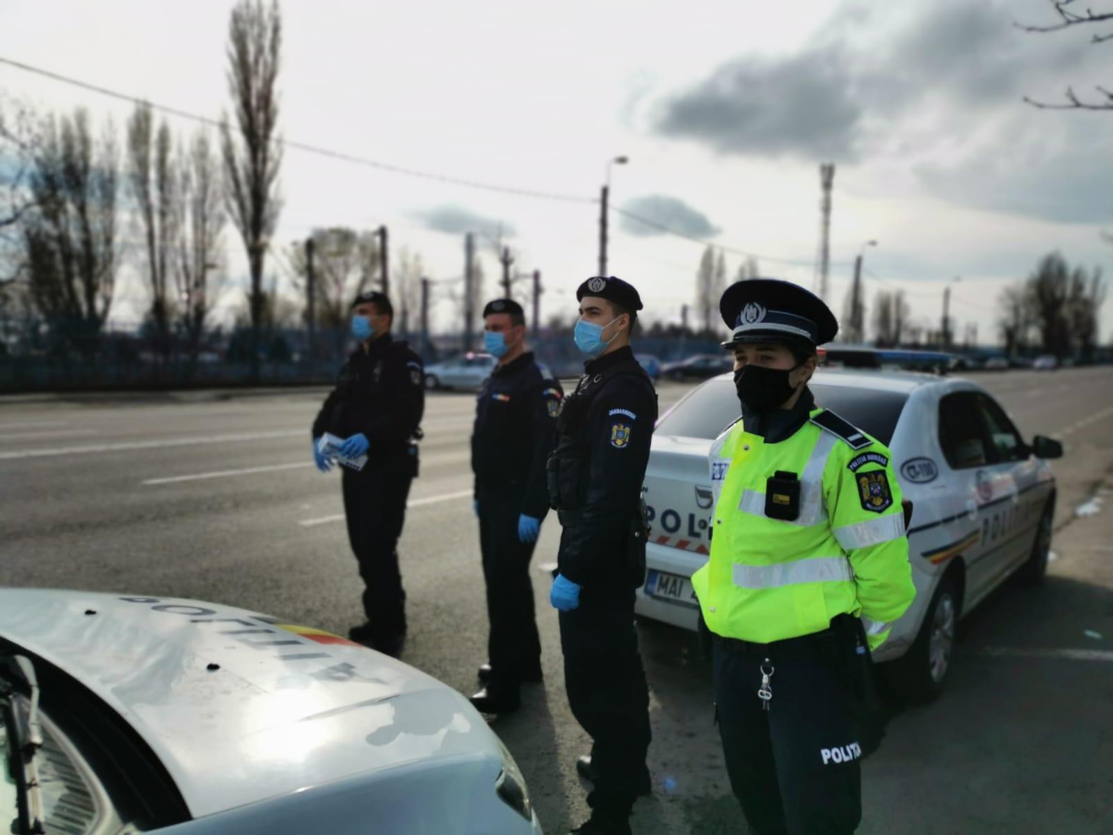 Polițiștii și jandarmii, controale în restaurante, autobuze, săli de joc FOTO VIDEO