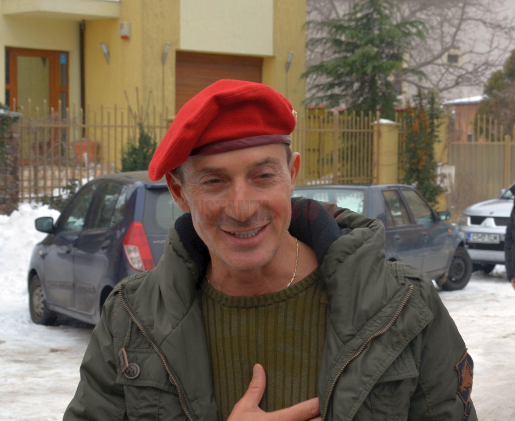 Radu Mazăre, fost primar al municipiului Constanța, a fost achitat, azi, de judecătorii Curţii de Apel Constanța, într-un dosar în care fusese condamnat la 6 ani şi 6 luni de detenţie, în primă instanţă, pentru abuz în serviciu. Sentința de azi este definitivă.