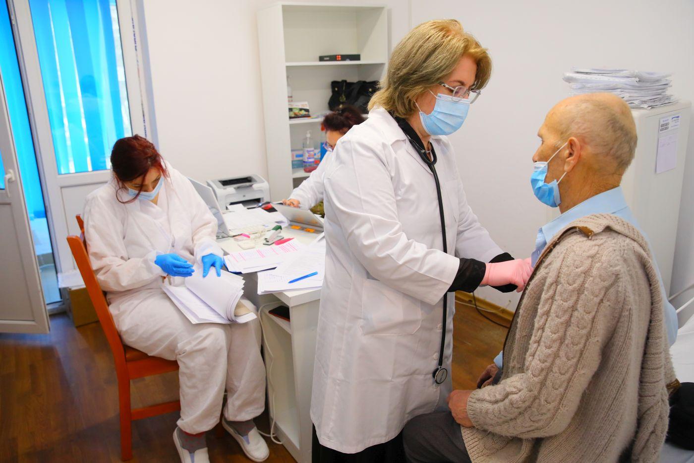 A început vaccinarea adulților cu dizabilități din centrele DGASPC FOTO