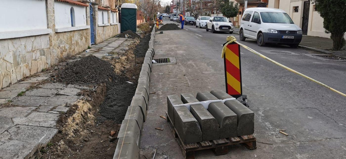 Una din străzile de pe care Confort Urban înlocuiește bordurile. Sursă foto: Primăria Constanța