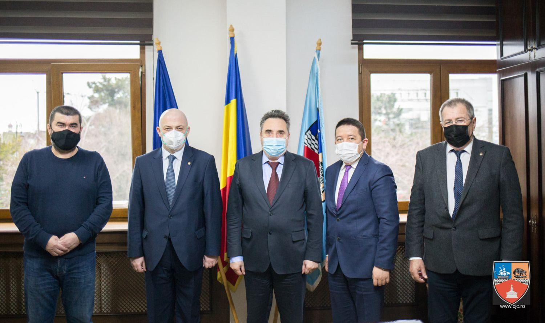 Mihai Lupu, întâlnire cu reprezentanții minorităților. Sinagoga, subiect de discuție
