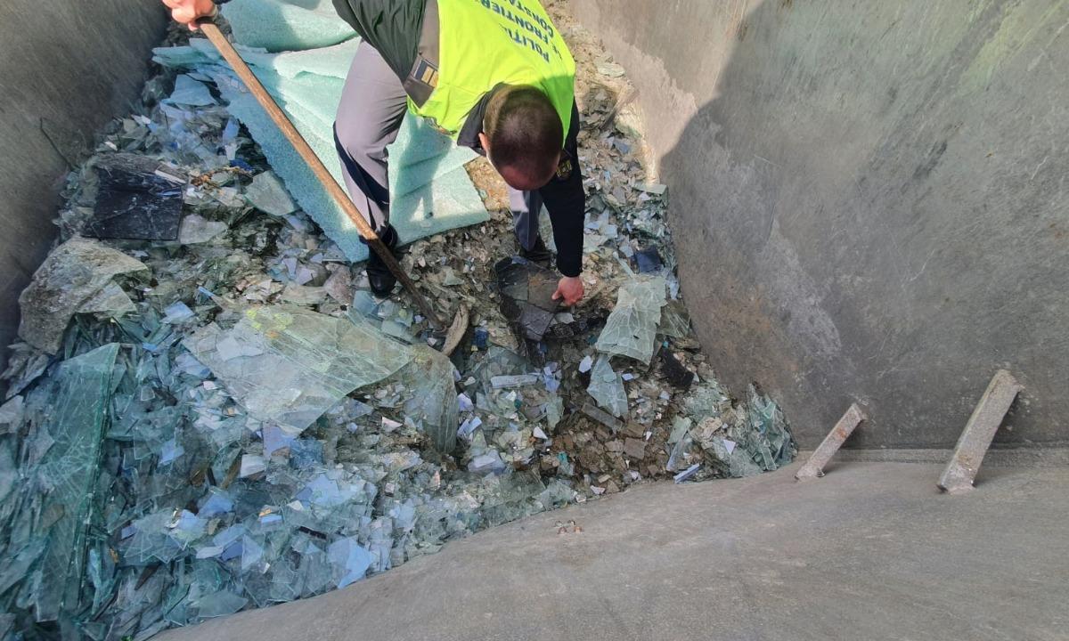 Deșeuri de sticlă spartă, descoperite la un punct de trecere a frontierei dintre România și Bulgaria VIDEO
