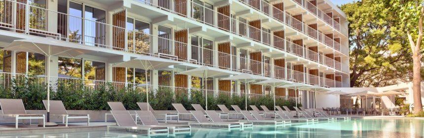 ibis-Styles-Golden-Sands-Roomer-Hotel-2