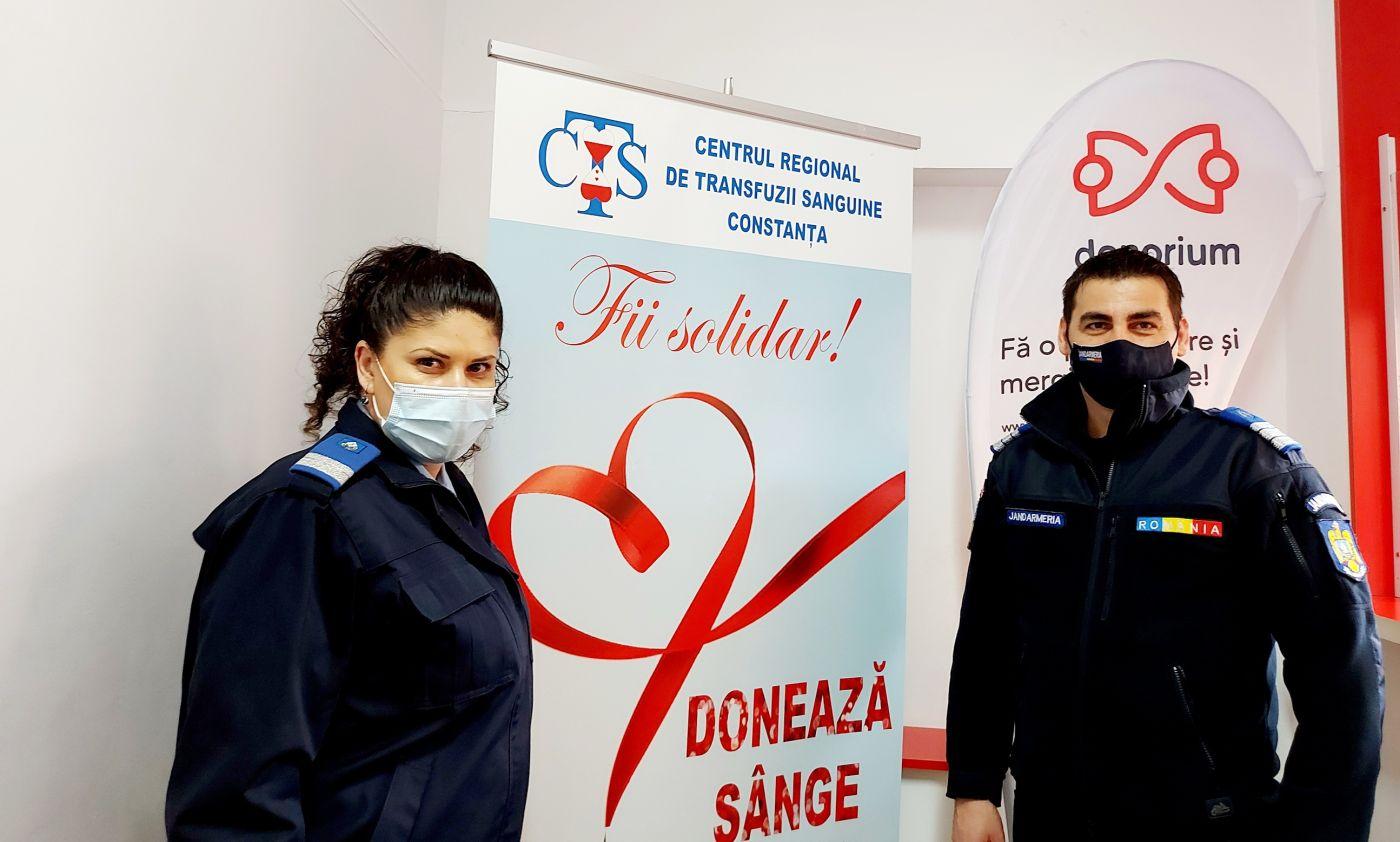 În perioada 05-08 aprilie a.c.,  peste 40 de jandarmi constănţeni sunt prezenţi la Centrul Regional de Transfuzii Sanguine Constanţa pentru a dona sânge,  în scopul completării rezervelor sau pentru ajutorarea victimelor unor accidente.