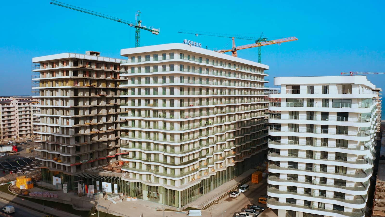 Nordis Mamaia: un apartament de două camere în Năvodari îl costă pe un român obișnuit mai mult de 30 de ani de muncă