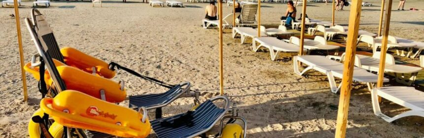 Plajă pentru persoanele cu dizabilități în Mamaia